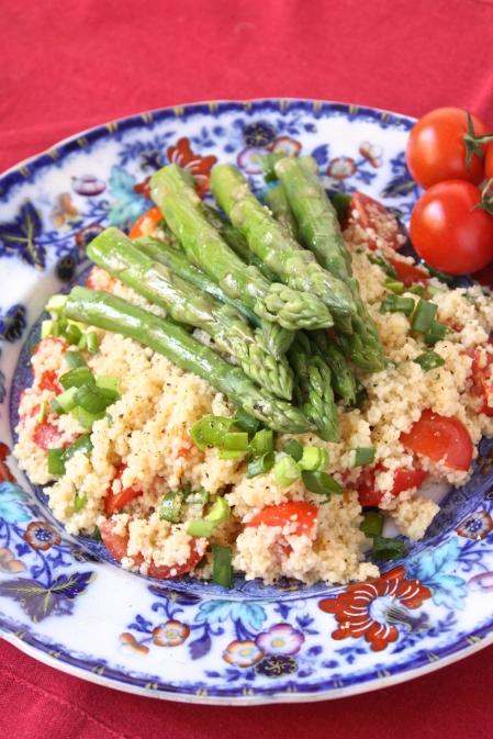 Spargelu salati ar kuskusu - 23